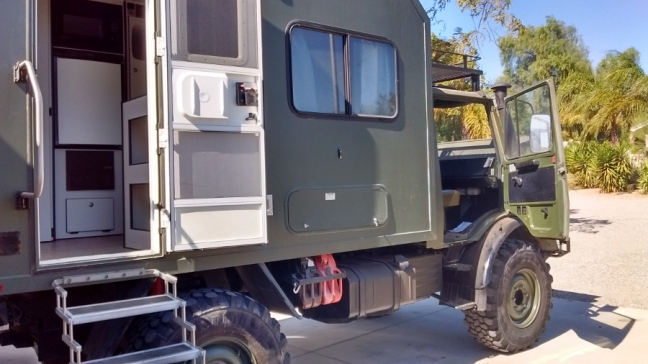 Mercedes 435 Expedition Vehicle