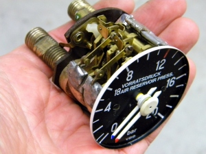 Reassembled Duplex Pressure Gauge