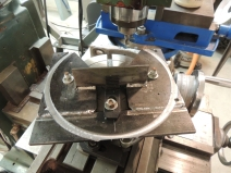 Milling Outer Round Contour of Spare Tire Mount Plate