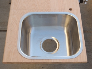 Routed and Bullnosed Sink Cutout
