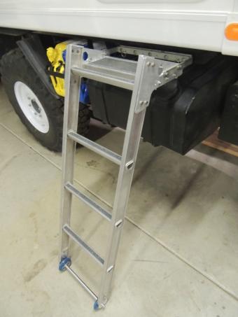 Finished entry ladder