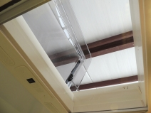 Function checked roof hatch