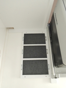 Installed battery tray and footman's loops